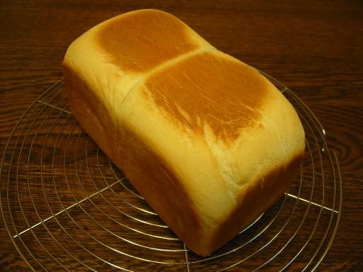 こしあん入り角食パン(レシピ付き)